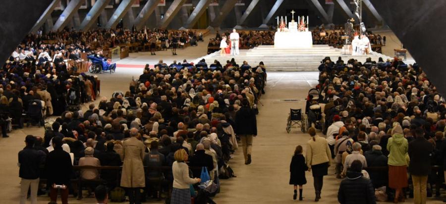 Premières photographies du pèlerinage du Christ Roi à Lourdes