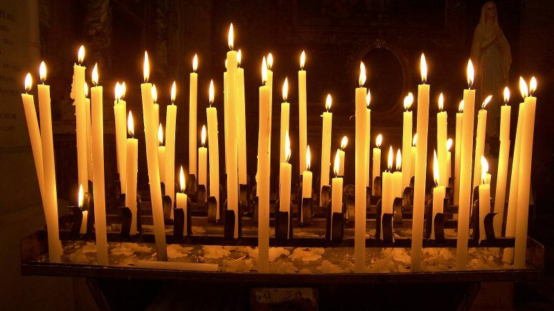 Journée de jeûne et pénitence le 9 novembre. Priere_penitence_cierges_fsspx.news_