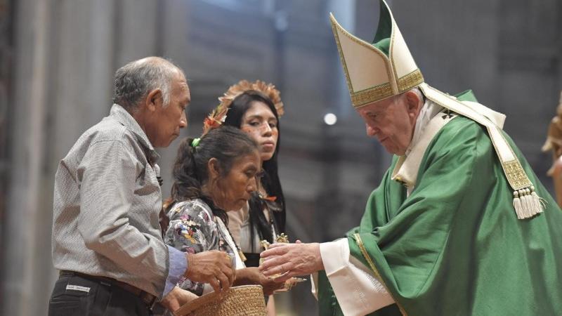 Eglise catholique: Bientôt des prêtres mariés en Amazonie? - Monde