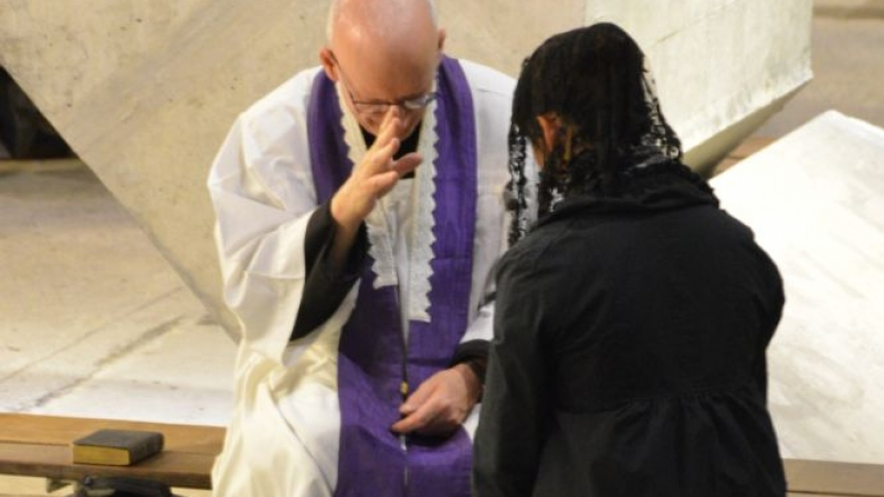 La confession de ses péchés - FSSPX.Actualités / FSSPX.News
