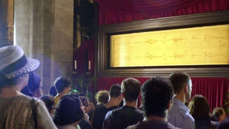 Another Exhibition on the Holy Shroud in Turin - FSSPX Actualités